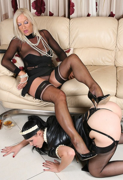 astrid-punishing-her-maid